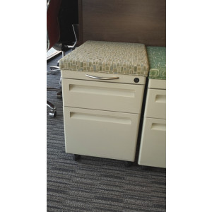 Mobile Pedestals with Cushion -  Product Picture 5