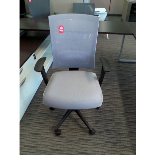 Boss B6706 Mesh Back Task Chair
