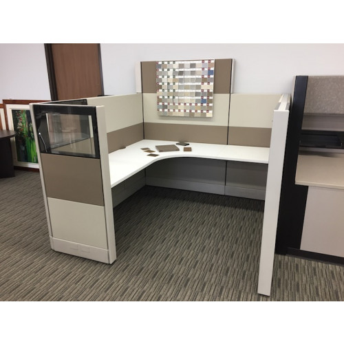 Herman Miller Custom Foundation Cubicle (6' x 6')